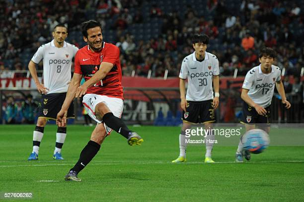 Zlatan Ljubijankic of Urawa Red Diamonds scores the first goal during the AFC Champions League Group H match between Urawa Red Diamonds and Pohang...