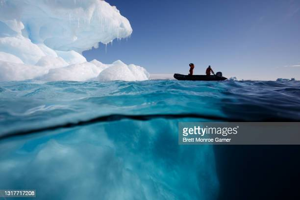 zodiac iceberg viewing in antarctica - antarctic sound stock pictures, royalty-free photos & images
