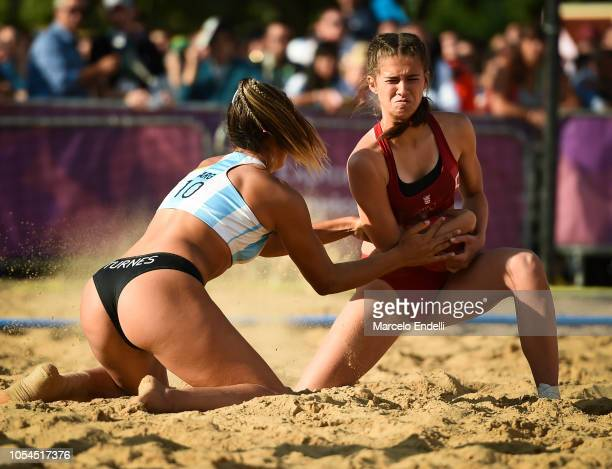 Zoe Turnes of Argentina fights for the ball with Rea Banic of Croatia during day 7 of Buenos Aires 2018 Youth Olympic Games at Green Park on October...