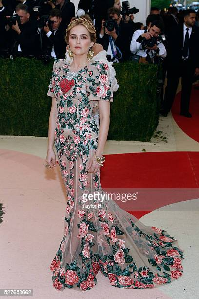Zoey Deutch attends 'Manus x Machina Fashion in an Age of Technology' the 2016 Costume Institute Gala at the Metropolitan Museum of Art on May 02...