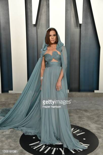 Zoey Deutch attends the 2020 Vanity Fair Oscar Party hosted by Radhika Jones at Wallis Annenberg Center for the Performing Arts on February 09 2020...