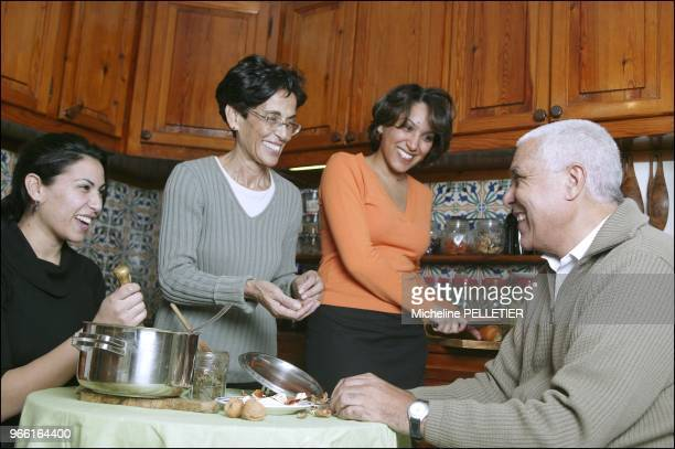 Zohra Ben Lakdhar professor in physics laureate of the 2005 L'OrealUNESCO Award at home with her husband Tahar her daughters Aicha and Zeined NOT TO...