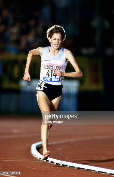 Zola Budd in barefooted action during a track meeting in Zurich, Switzerland, circa 1986.