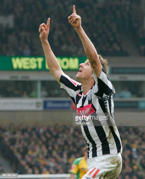 Zoltan Gera of West Bromwich Albion scores his sides second goal during the Coca Cola Championship match between Norwich City v West Bromwich Albion...