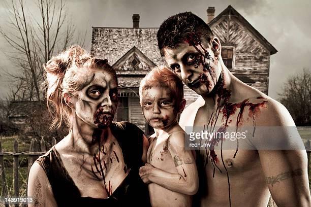 zombie retratos de la familia - zombie makeup fotografías e imágenes de stock