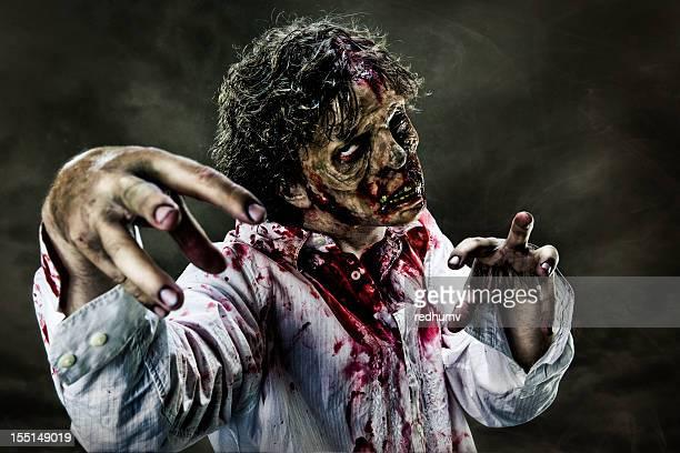 zombie terror - zombie fotografías e imágenes de stock