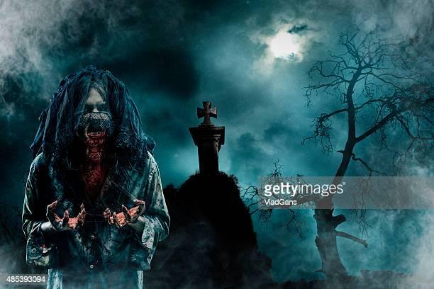 Zombie dans le vieux cimetière
