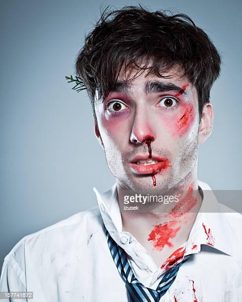 zombi - hombre golpeado fotografías e imágenes de stock