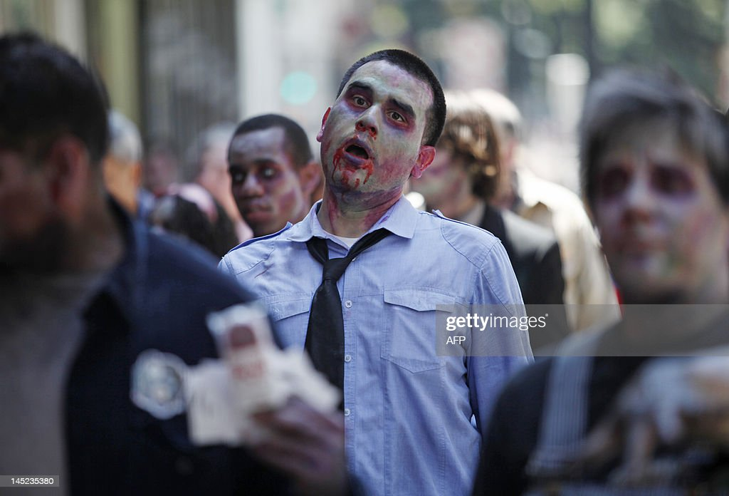 Zombies march around streets of San Fran : News Photo