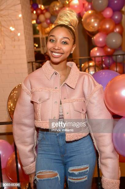 Zonnique Pullins attends Toya Wright's Baby Shower at Test Kitchen on January 14, 2018 in Atlanta, Georgia.
