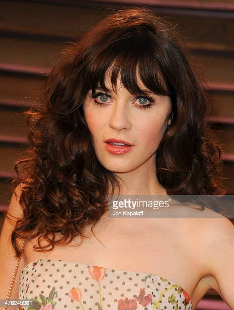 Zooey Deschanel attends the 2014 Vanity Fair Oscar Party hosted by Graydon Carter on March 2 2014 in West Hollywood California