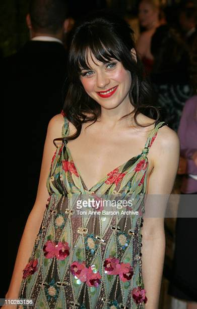 Zooey Deschanel during 2006 Vanity Fair Oscar Party Hosted by Graydon Carter Arrivals at Morton's in West Hollywood California United States