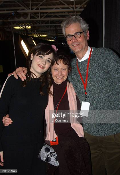Zooey Deschanel with parents Mary Jo Deschanel and cinematographer Caleb Deschanel