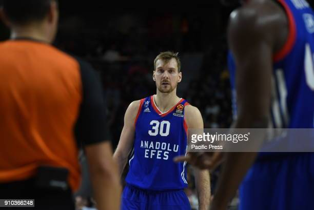 Zoran Dragic #30 of Anadolu Efes pictured during the 2017/2018 Turkish Airlines EuroLeague Regular Season Round 20 game between Real Madrid and...