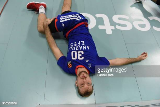 Zoran Dragic #30 of Anadolu Efes pictured stretching prior to the 2017/2018 Turkish Airlines EuroLeague Regular Season Round 20 game between Real...