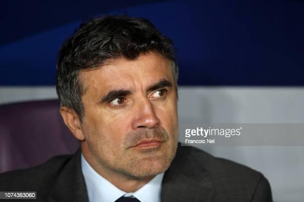 Zoran Mamic head coach of Al Ain looks on prior to the FIFA Club World Cup UAE 2018 Semi Final Match between River Plate and Al Ain at Hazza Bin...