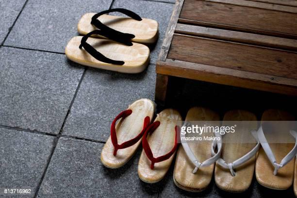 Zori, Traditional Sandals