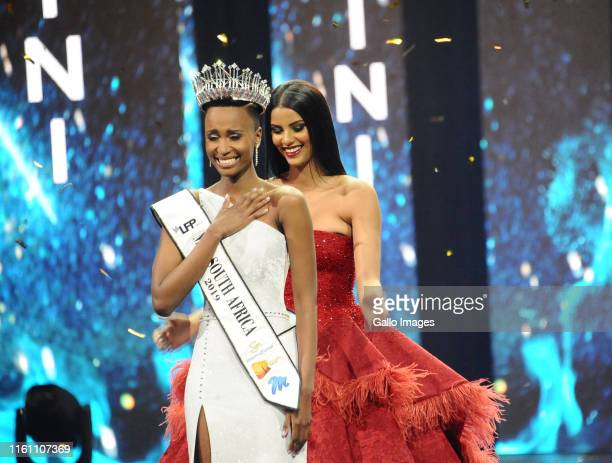 Zozibini Tunzi Tamaryn Green during the Miss South Africa 2019 beauty pageant grand finale at the Time Square Sun Arena on August 09 2019 in Pretoria...