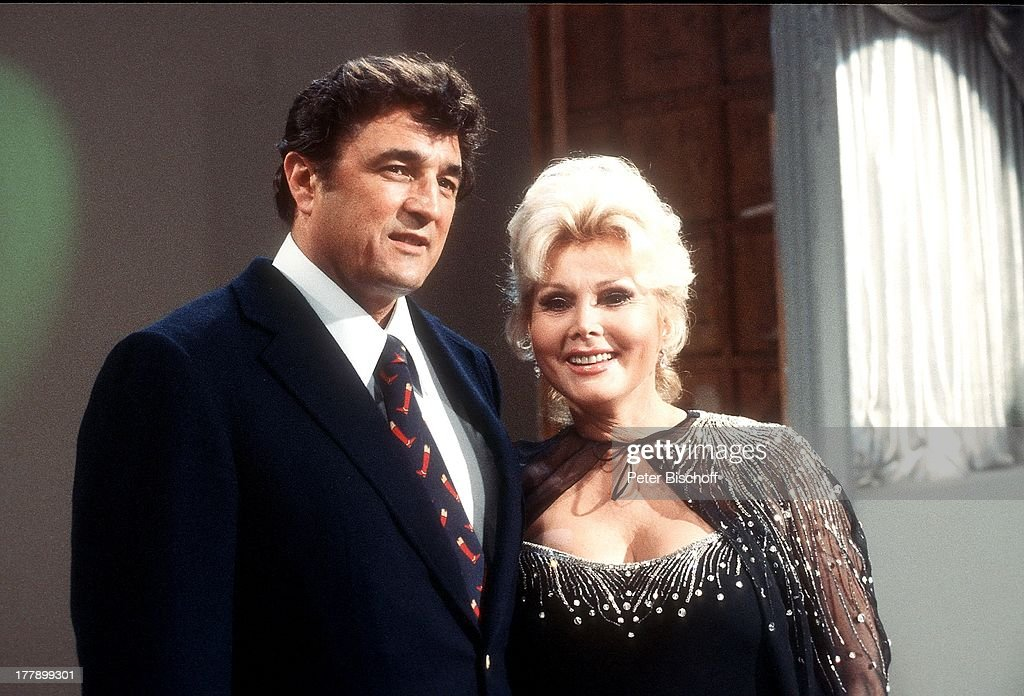 Zsa Zsa Gabor (Hollywood-Diva), 7. Ehemann Michael O'Hara, neben : News Photo