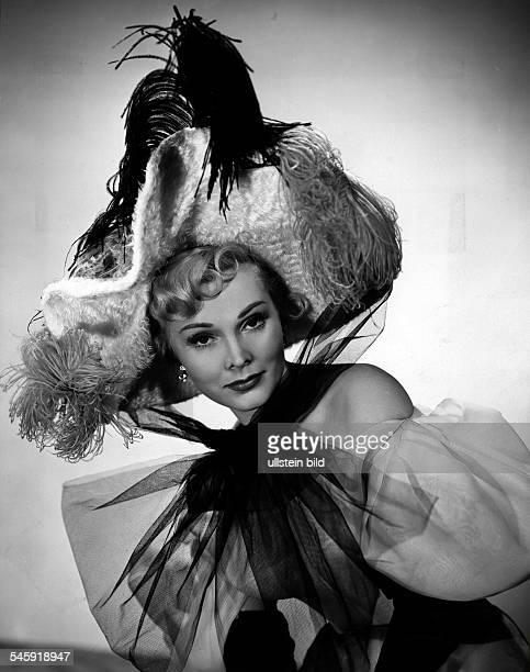 Zsa Zsa Gabor*Schauspielerin Ungarn / USA als 'Jane Avril' in dem Film 'Moulin Rouge'Regie John Huston 1952