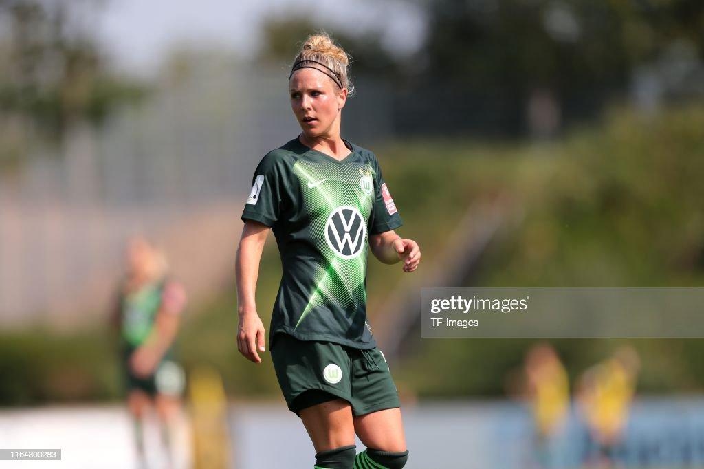 MSV Duisburg v VfL Wolfsburg - FLYERALARM Frauen Bundesliga : News Photo
