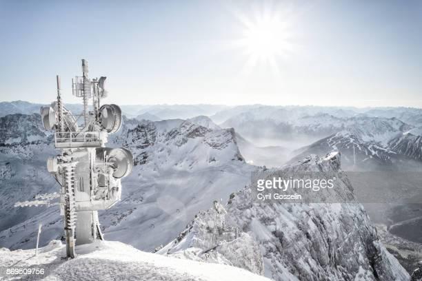 zugspitze outlook - antenne stock-fotos und bilder