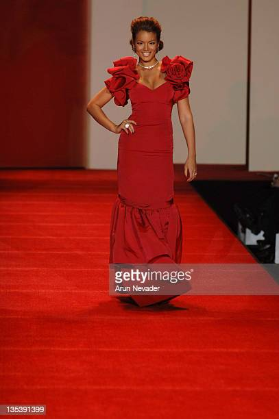 Zuleyka Rivera Mendoza Miss Universe wearing Gustavo Cadile during Heart Truth Red Dress Fall 2007