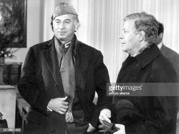 Zulfikar Ali Bhutto Pakistani Prime Minister on his visit with German Chancellor Helmut Schmidt in Bonn/Germany 18 February 1976 Bhutto came to power...