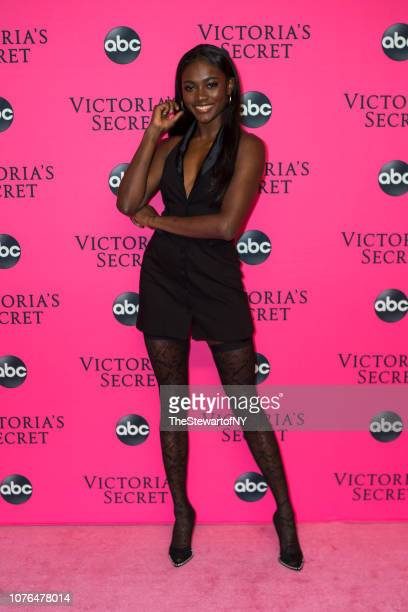 Zuri Tibby attends the 2018 Victoria's Secret Fashion Show viewing party at Spring Studios on December 02 2018 in New York City