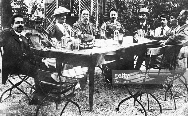 August Bebel fourth from right and his circle at restaurant in Zurich during Socialist Congress 1893 Freidrich Engels is in center Clara Zetkin next...