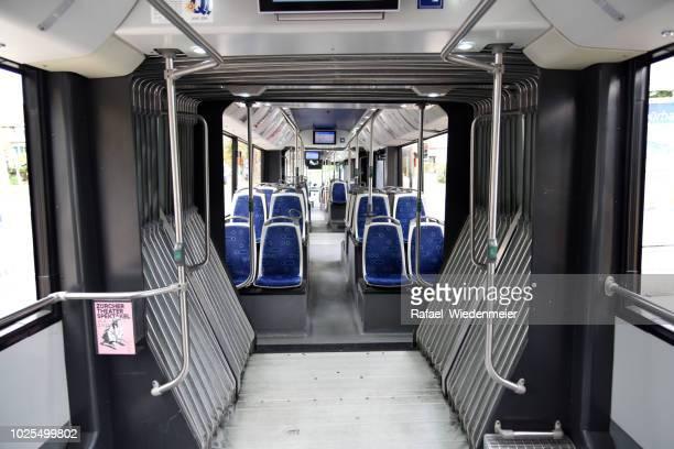 zürich-trolleybus innenansicht - innerhalb stock-fotos und bilder