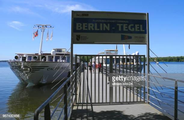Zurzeit wird vor Blaualgen im Tegeler See gewarnt Flusskreuzfahrtterminal an der Greenwichpromenade Tegeler See