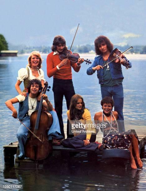 Zwei im siebenten Himmel D 1974 Regie Siggi Götz JUTTA SPEIDEL BERND CLÜVER PETER ORLOFF RINALDO TALAMONTI UTE KITTELBERGER CATERINA CONTI Stichwort...