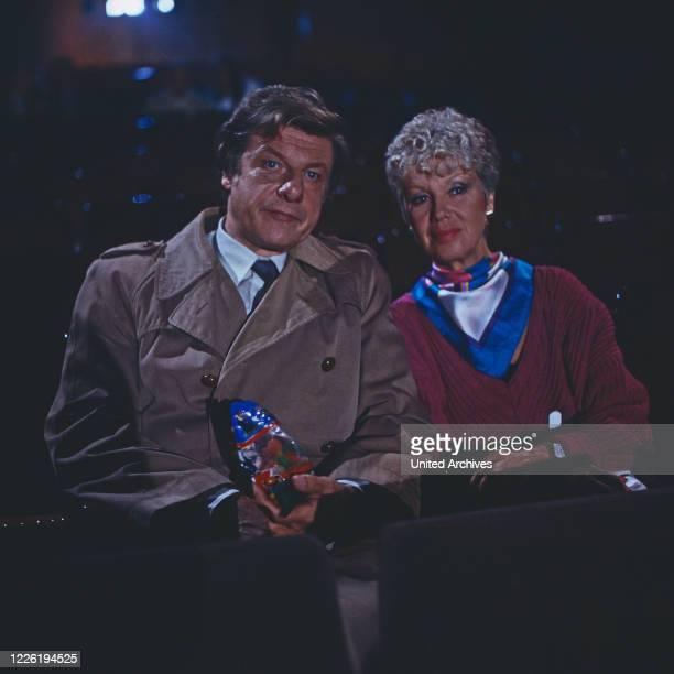 Zwei wie du und ich, Fernsehserie, Deutschland 1986, Darsteller: Herbert Boetticher, Maria Sebaldt