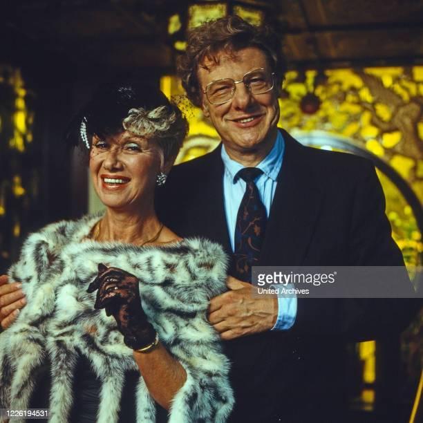 Zwei wie du und ich Fernsehserie Deutschland 1986 Darsteller Maria Sebaldt Herbert Boetticher