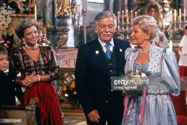 Zweit Münchner in Hamburg, Fernsehserie, Deutschland 1988, Regie: Rolf von Sydow, Darsteller: Florian Stubenvoll, Uschi Glas, Hans Reiser, Winnie...