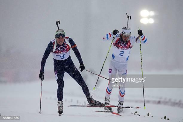 Zweiter Silbermedailiengewinner Silver Martin Fourcade FRA Frankreich France mit Olympic Champion Olympiasieger Goldmedalist Goldmedailiengewinner...