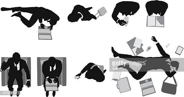 illustrations, cliparts, dessins animés et icônes de vue plongeante d'un homme d'affaires dans diverses postures - lying down