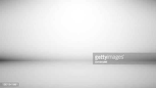ilustrações, clipart, desenhos animados e ícones de fundo cinza de fundo abstrato espaço vazio mínimo com luz macia - non urban scene