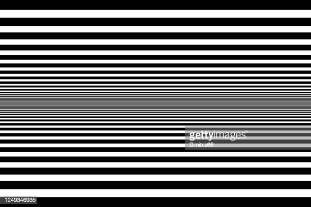 ilustrações de stock, clip art, desenhos animados e ícones de abstract black and white op art background - optical art