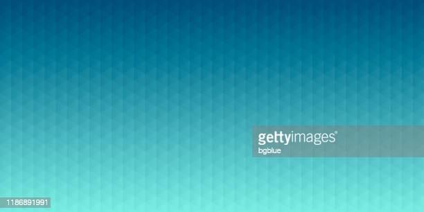 abstrakter geometrischer hintergrund - mosaik mit dreiecksmustern - blauer farbverlauf - türkis blau stock-grafiken, -clipart, -cartoons und -symbole