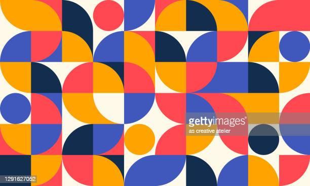ilustraciones, imágenes clip art, dibujos animados e iconos de stock de ilustración de patrón geométrico abstracto. colores retro y fondo blanco. - forma geométrica