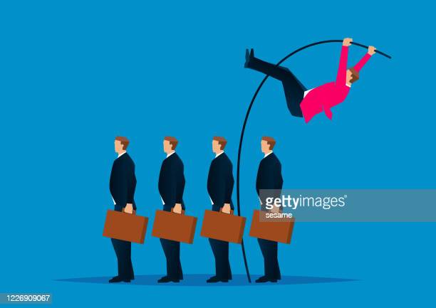 vorteile und fähigkeiten, geschäftsmann nutzt stabhochsprung, um begleiter zu springen, um das ziel zu erreichen - wettbewerb konzepte stock-grafiken, -clipart, -cartoons und -symbole