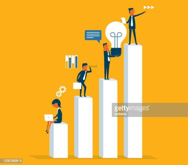 analysieren - diagramm - geschäftsfrau stock-grafiken, -clipart, -cartoons und -symbole