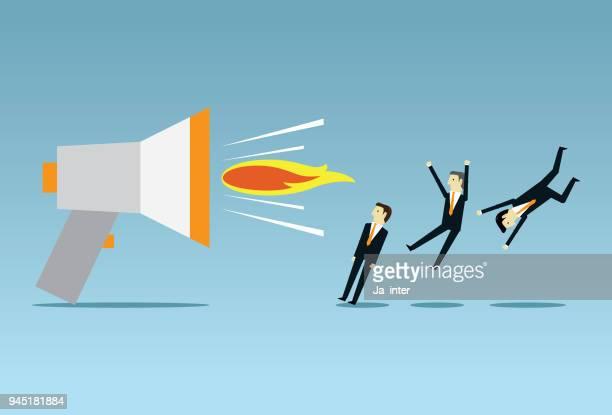 ilustraciones, imágenes clip art, dibujos animados e iconos de stock de jefe enojado a través de megáfono - asumir la responsabilidad
