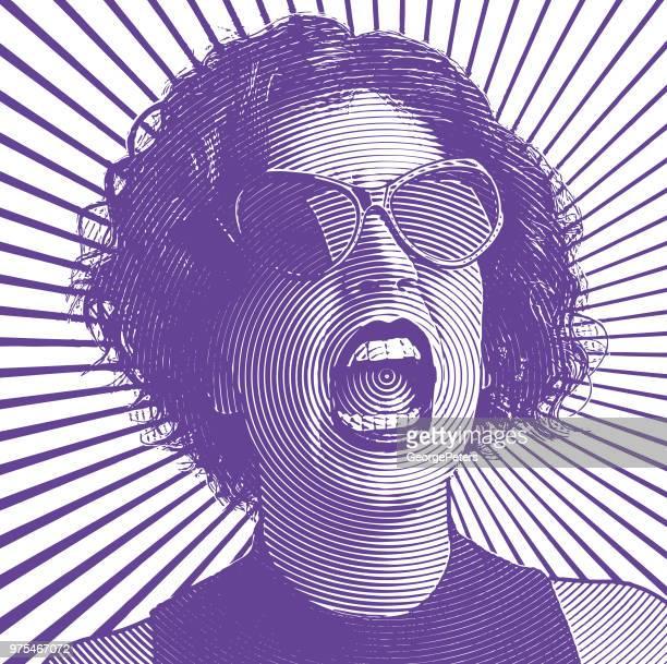 Femme en colère screaming