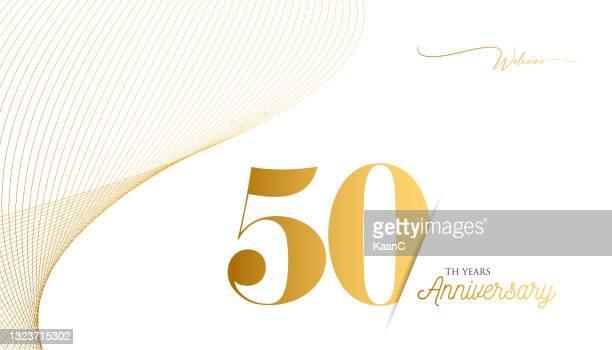 ●記念品ロゴテンプレートは分離、記念日アイコンラベル、記念銘柄ストックイラスト。ゴールドの色の手のレタリングとハッピーアニバーサリーの挨拶テンプレート。 - 数字の50点のイラスト素材/クリップアート素材/マンガ素材/アイコン素材