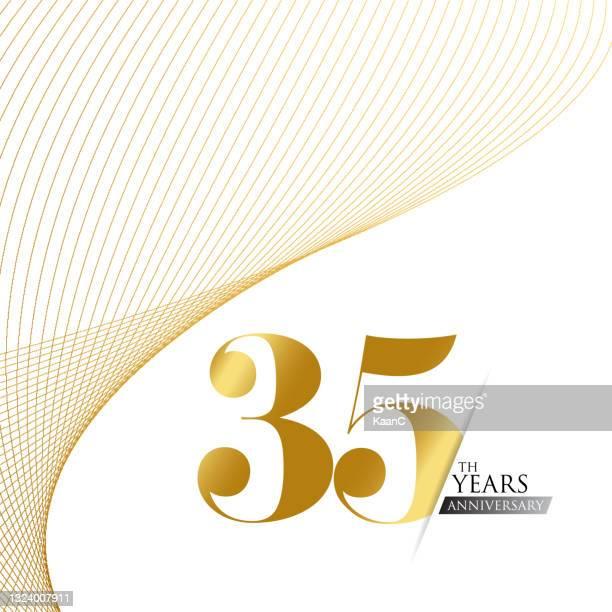 jahrestag-logo-vorlage isoliert, jahrestag icon label, jahrestag symbol stock-illustration. jahrestag grußvorlage mit goldfarbenen handschriftzug. - goldmedaille stock-grafiken, -clipart, -cartoons und -symbole