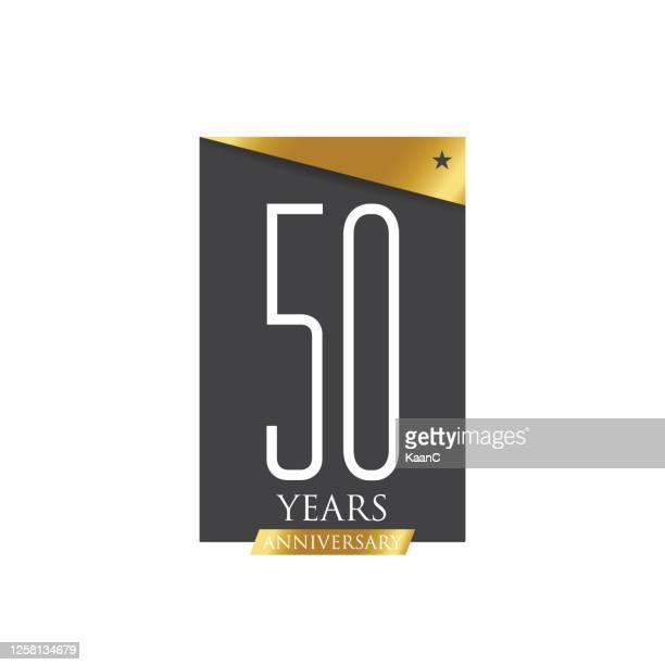 ilustrações, clipart, desenhos animados e ícones de modelo de símbolo de aniversário isolado, rótulo de ícone de aniversário, ilustração de ações de símbolo de aniversário - aniversário de 50 anos data especial