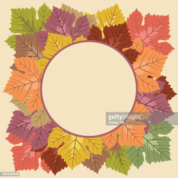 Marco de la hoja de uva de otoño con copia espacio